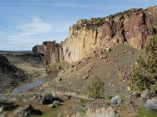 Smith Rock State Park: Loved the amazing beauty of this rock