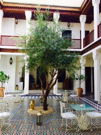 Bellamane, Ryad & Spa: Vacker och fridfull  Riad lite utanför centralaste delarna. Trevlig personal! Rörig och intensiv