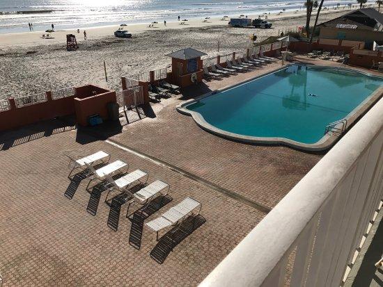 Super 8 Daytona Beach Oceanfront: photo1.jpg
