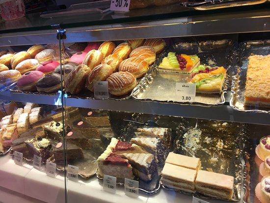 Cafe-Konditorei Aida: Sweet corner