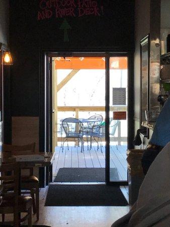 Lanesboro, MN: Outdoor area for smokers