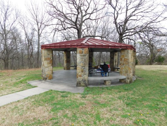Independence, KS: Our picnic pavilion
