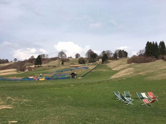 Ronzo-Chienis, Italie : May Park
