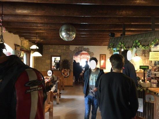 Ronzo-Chienis, Italie : Interno della sala da pranzo