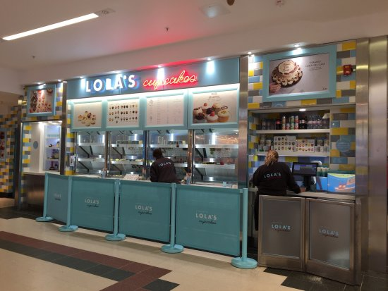Lola's Cupcakes: photo1.jpg
