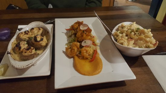 The Lobster Trap : lobster stuffed mushrooms, BBQ shrimp, lobster mac-n-cheese