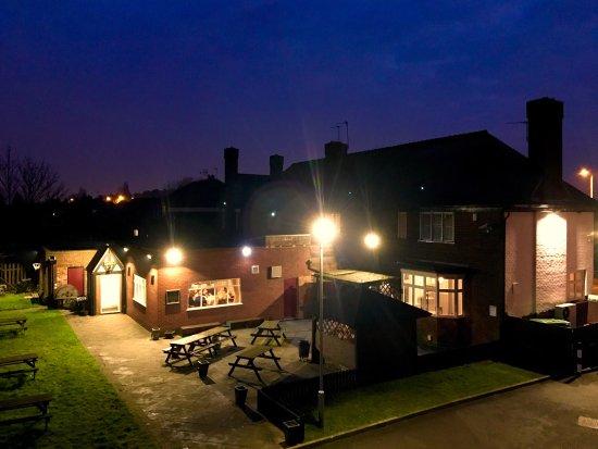 Bilston, UK: The Grapes Public House