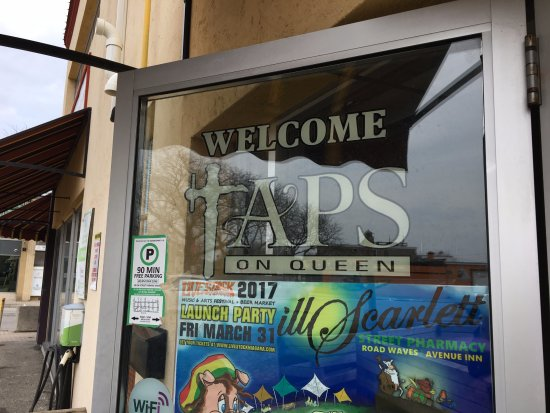 Taps On Queen Brewhouse and Grill: sign