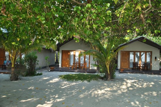 Adaaran Select Hudhuranfushi: Detached Beach Bungalow