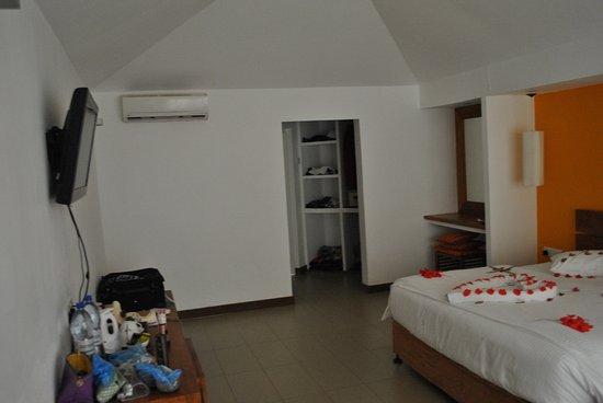 Adaaran Select Hudhuranfushi: Room