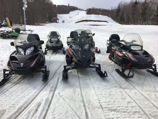Stratton Mountain, VT: Snowmobiles