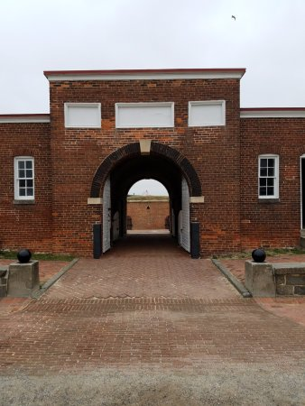 Fort McHenry National Monument: Ft. McHenry - inside the fort