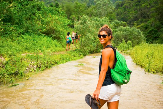 La Casa Hostel : Hiking in the Ayampe Reserve