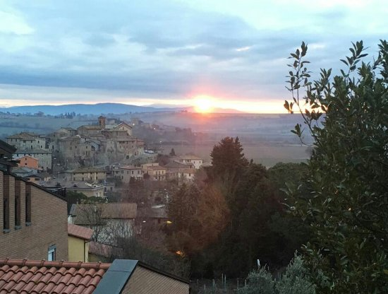 Marsciano, Italia: IMG-20170401-WA0011~2_large.jpg
