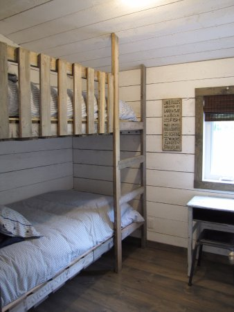 Rental Cottage Twin Bunk Bed Room Picture Of Waters Edge Eco Lodge
