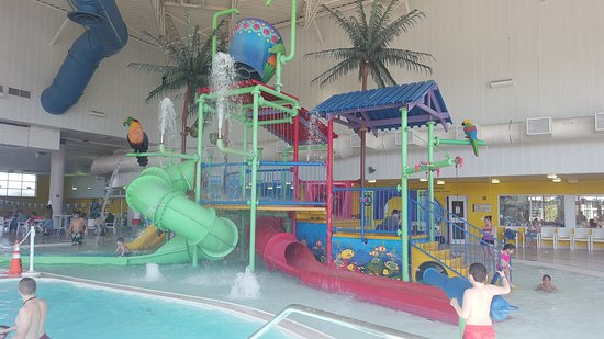 Warren Community Centre Indoor Waterpark