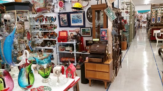 Indian River Antique Mall: Antiques Vintage Furniture Jewelry Vinyl Records  and more. - Antiques Vintage Furniture Jewelry Vinyl Records And More
