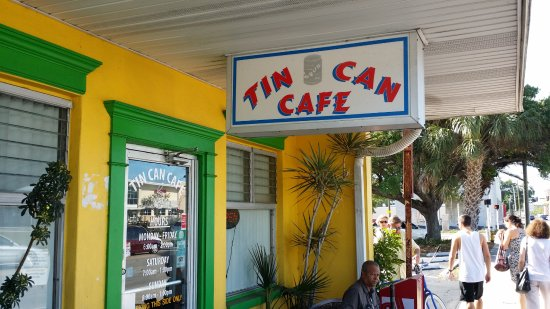 Tin Can Cafe : Small local place with good food and a fair price.