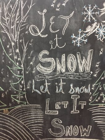 Meadow Lake, Canadá: Holiday chalkboard sign