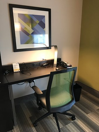 Holiday Inn Express & Suites Florence I-95 & I-20 Civic Ctr: photo5.jpg