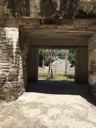 Майянские руины и музей Кахаль Пех: photo2.jpg