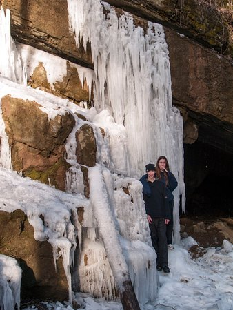 Tytoona Cave: In the winter you can pluck an icecycle snack from the cave walls