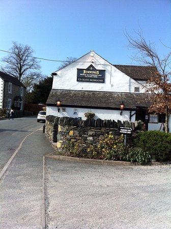 Threlkeld, UK: The Horse an Farrier end view
