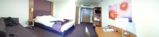Premier Inn Glasgow City Centre Buchanan Galleries Hotel : Our room