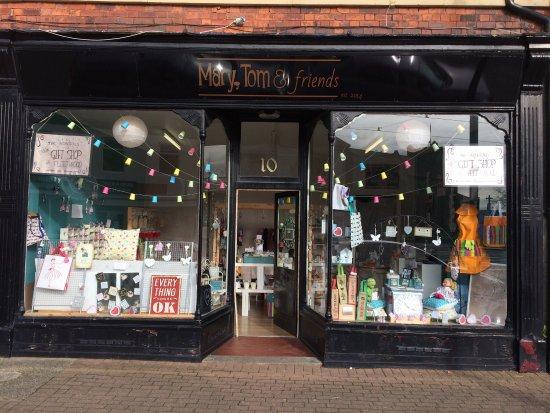 Fleetwood, UK: Mary, Tom & friends