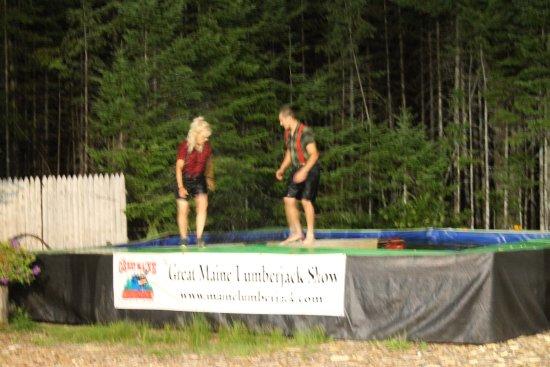 เอลส์เวิร์ท, เมน: Lumberjack Show