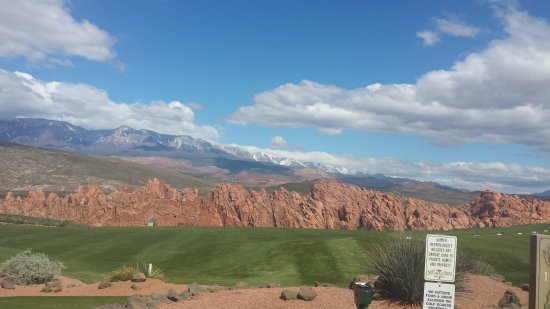 Sky Mountain Golf Course: Absolutely beautiful views. GREAT  place to play!