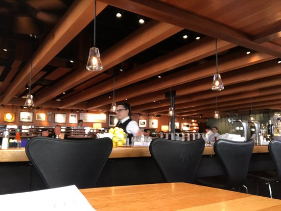 Bar And Dining Picture Of R D Kitchen Newport Beach Tripadvisor