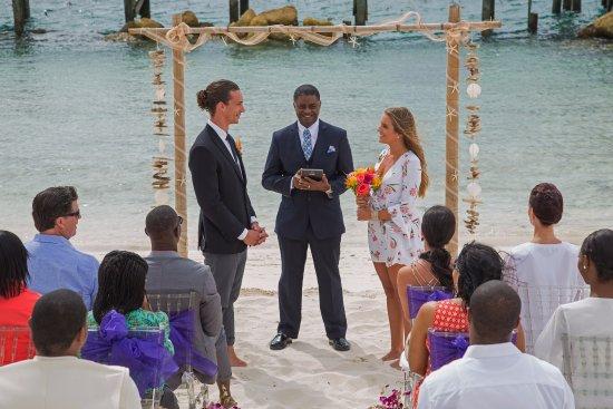 Warwick Paradise Island Bahamas All Inclusive Beach Wedding