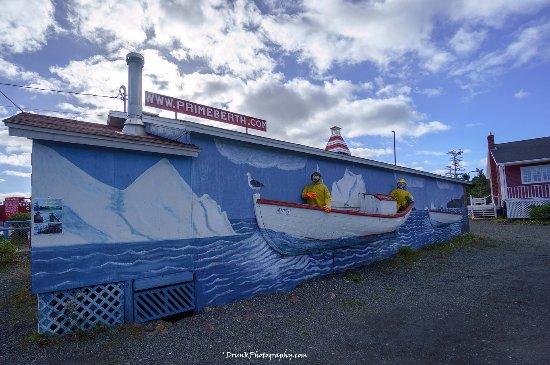 Prime Berth Fishing Museum: 3-D painting