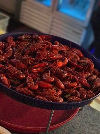 Harvey, LA: Seafood gumbo & crawfish
