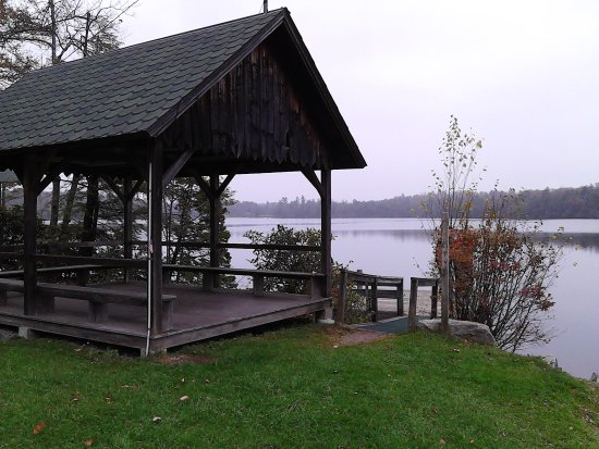 Lovely little lakefront pavilion on Lake Ave. to take in all the splendor of Lake Eagles Mere!!