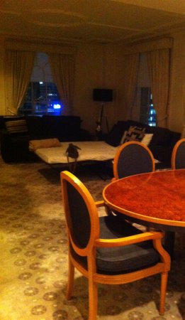 Vibe Savoy Hotel Melbourne Image