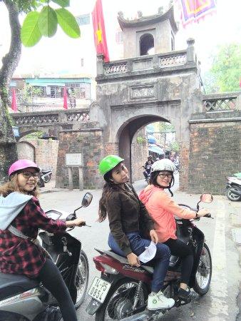 Hanoi Free Local Tours