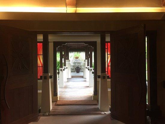 Shangri-La's Villingili Resort and Spa Maldives: photo0.jpg