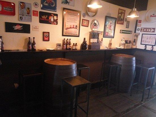 Restaurante cerveceria tramuntana en palma de mallorca con - Cocinas palma de mallorca ...