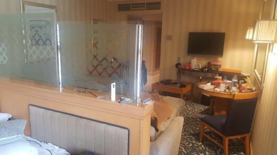 Makkah Hilton Towers: TA_IMG_20170402_103924_large.jpg