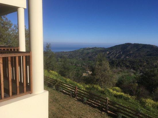 Paradisos Hills: photo4.jpg