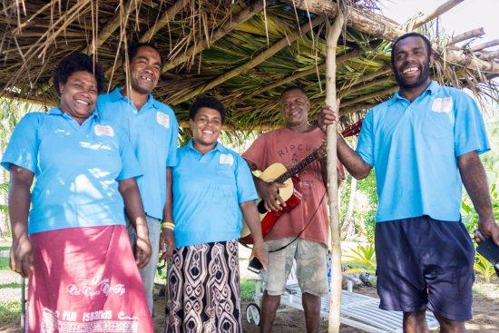 Matacawalevu Island, Figi: the friendly staff from Isa Lei