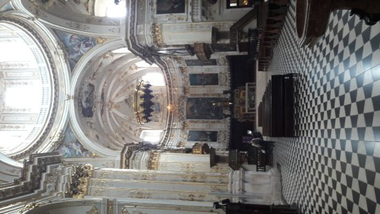 Cattedrale (Duomo) di Bergamo e Battistero: 20170401_124917_large.jpg