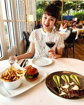 Lunch dating singapore