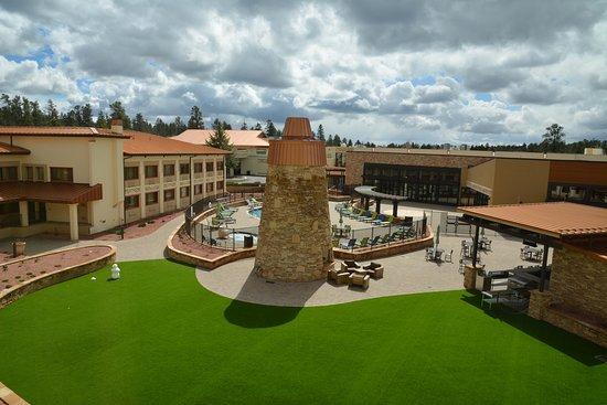 Best Western Premier Grand Canyon Squire Inn Pool Spa