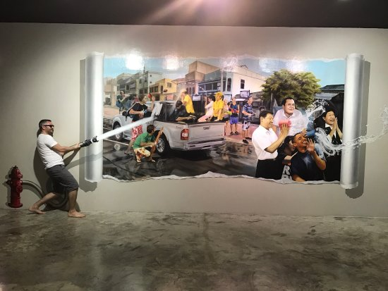 photo3.jpg - Picture of Phuket Trickeye Museum, Talat Yai - TripAdvisor