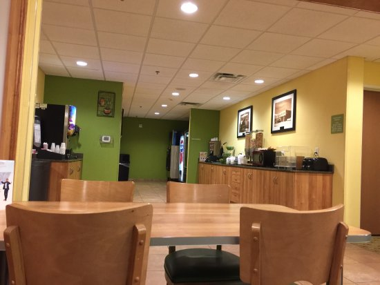 Microtel Inn & Suites by Wyndham Tuscumbia/Muscle Shoals: photo0.jpg