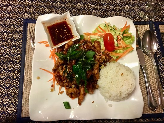 Wiesloch, Германия: NGAI PHAT TAR GAI - Sliced crispy chicken breast with Thai Herbs - delicious!