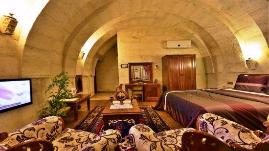 Stone House Cave Hotel Photo